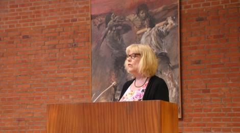 Pfarrerin Marion Gardei bei der Einführung ins Thema.
